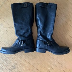 Frye moto boots in excellent condition- rare!
